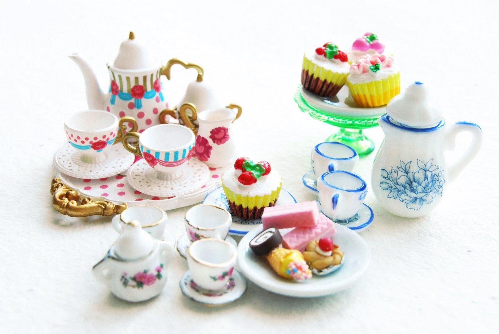 tea party jewellery, quirky jewellery, costume jewellery