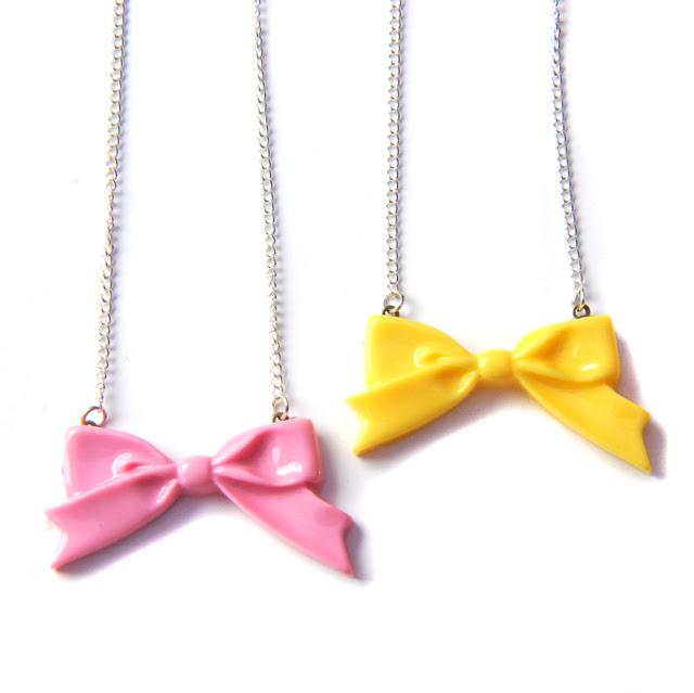 pretty bow necklaces
