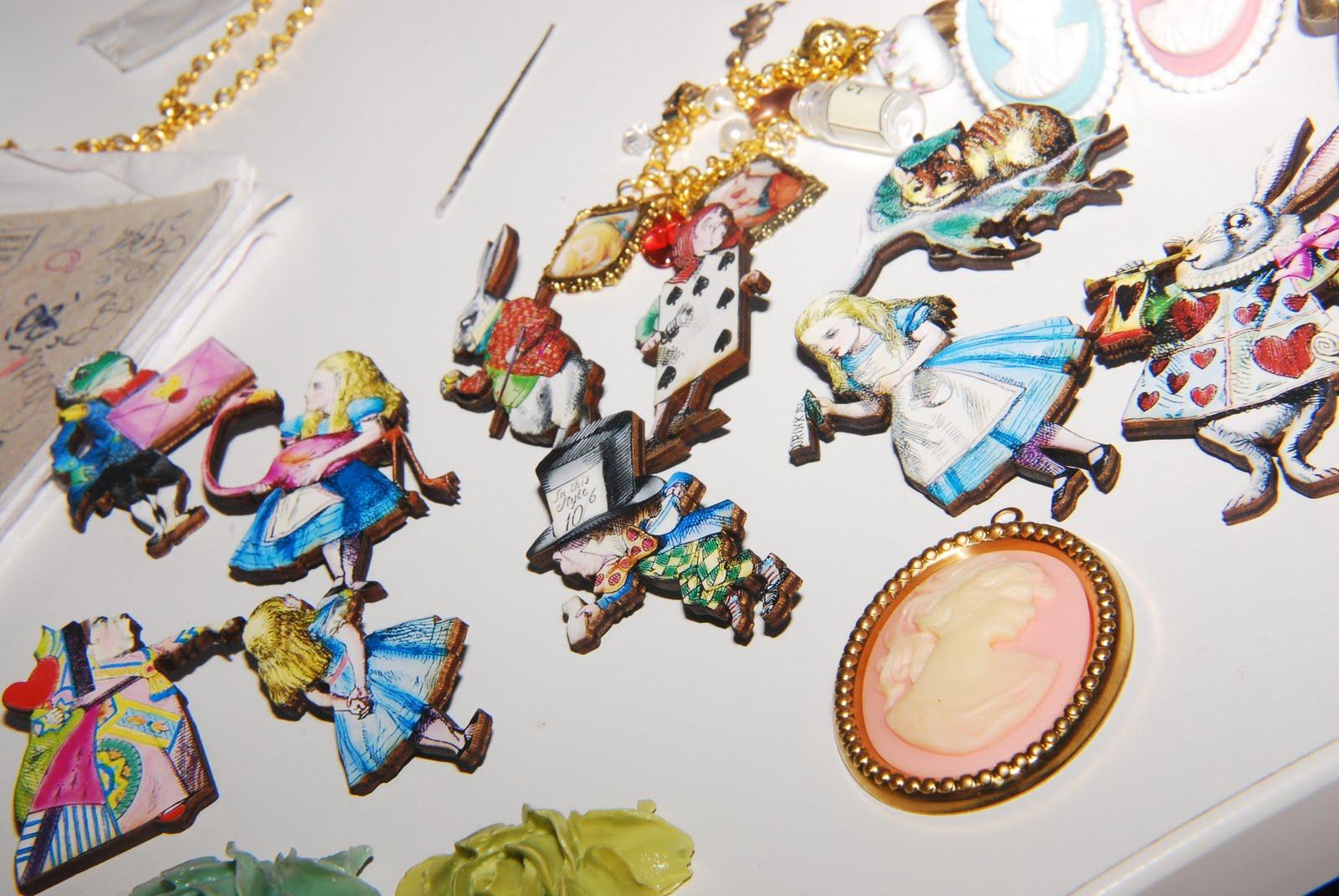 Alice In Wonderland jewellery
