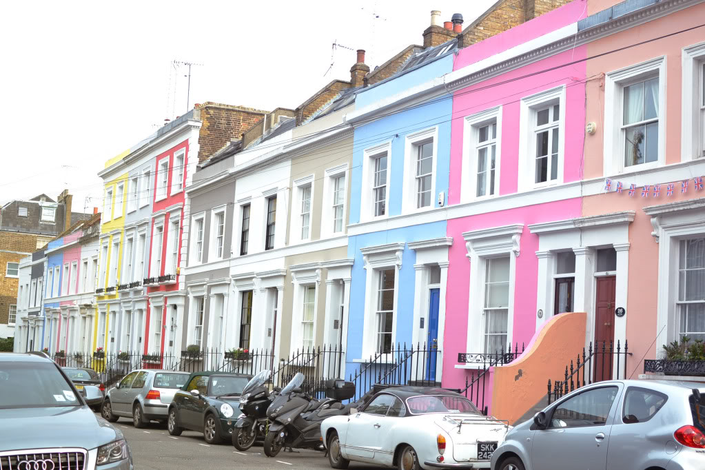 notting hill, colourful houses in notting hill