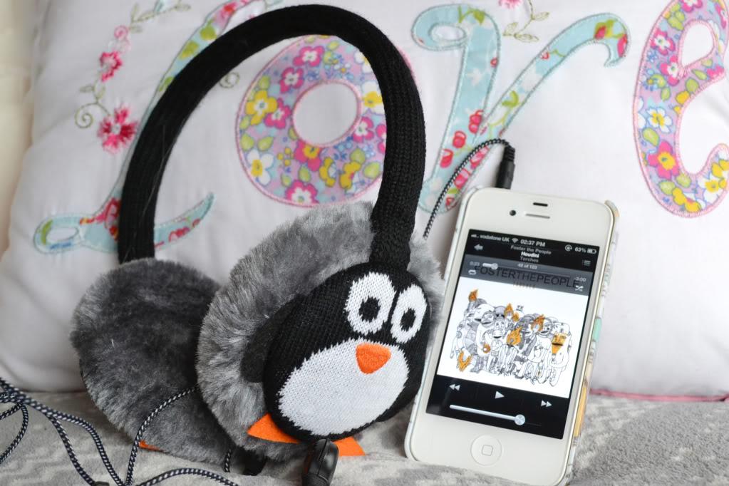 Christmas Gift Idea: Earmuff Headphones - Temporary ...