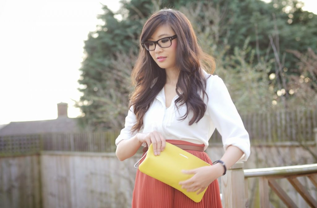 How to wear a pleated midi skirt, what to wear with pleated midi skirt