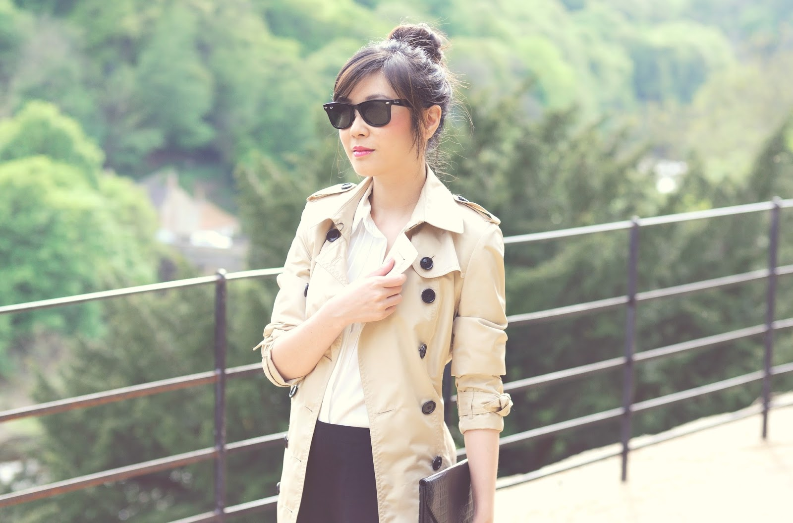 Fashion blogger uk, british style, ways to wear to wear beige trench coat