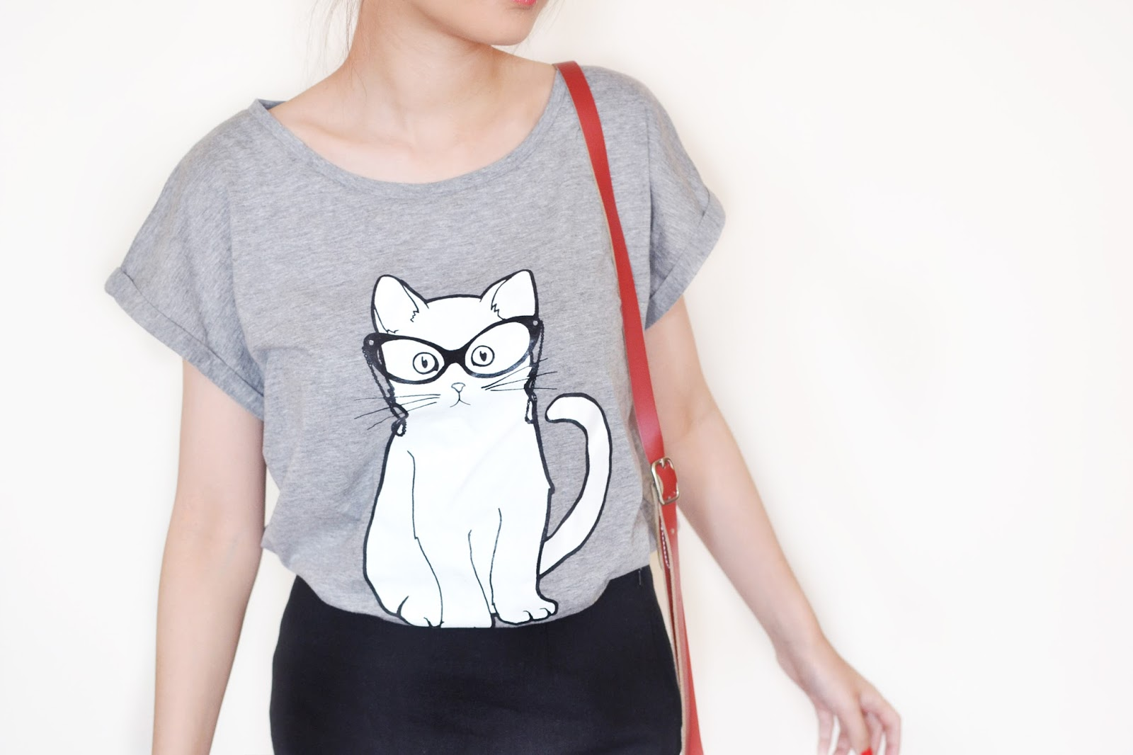 grey cat tshirt, brat and suzie tshirt