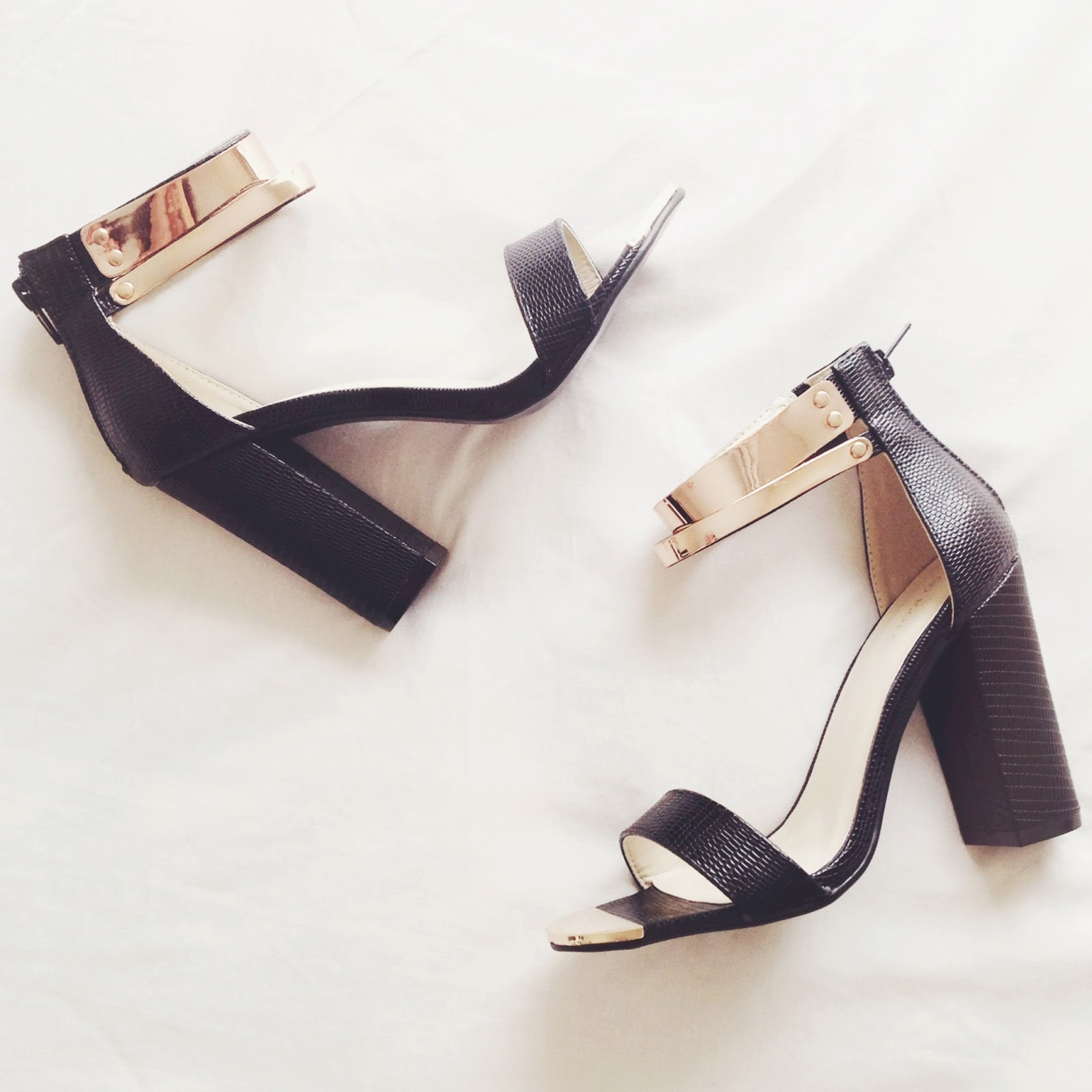 ankle strap sandals, what to wear with ankle strap heeled sandals, what to wear with ankle strap sandals