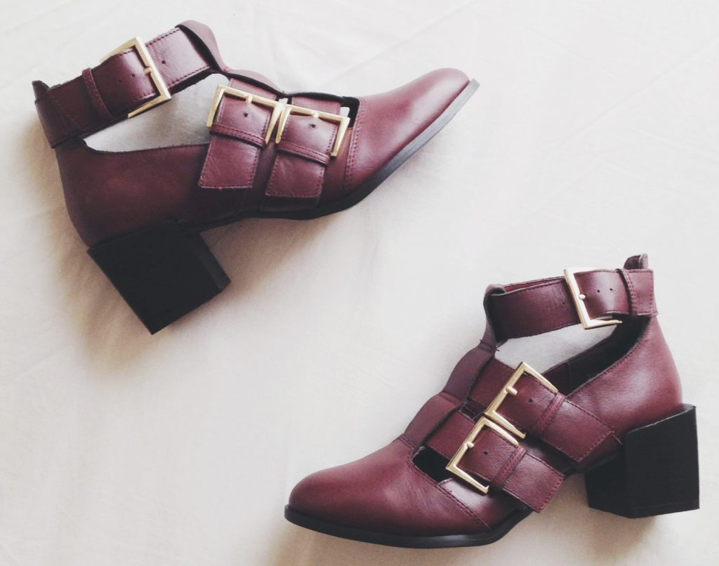 burgundy ankle boots, cut out ankle boots, new look boots