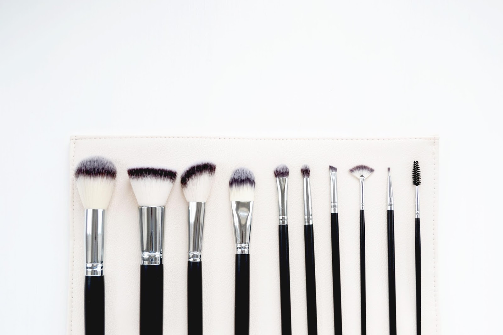 a set of make up brushes from Crownbrush UK