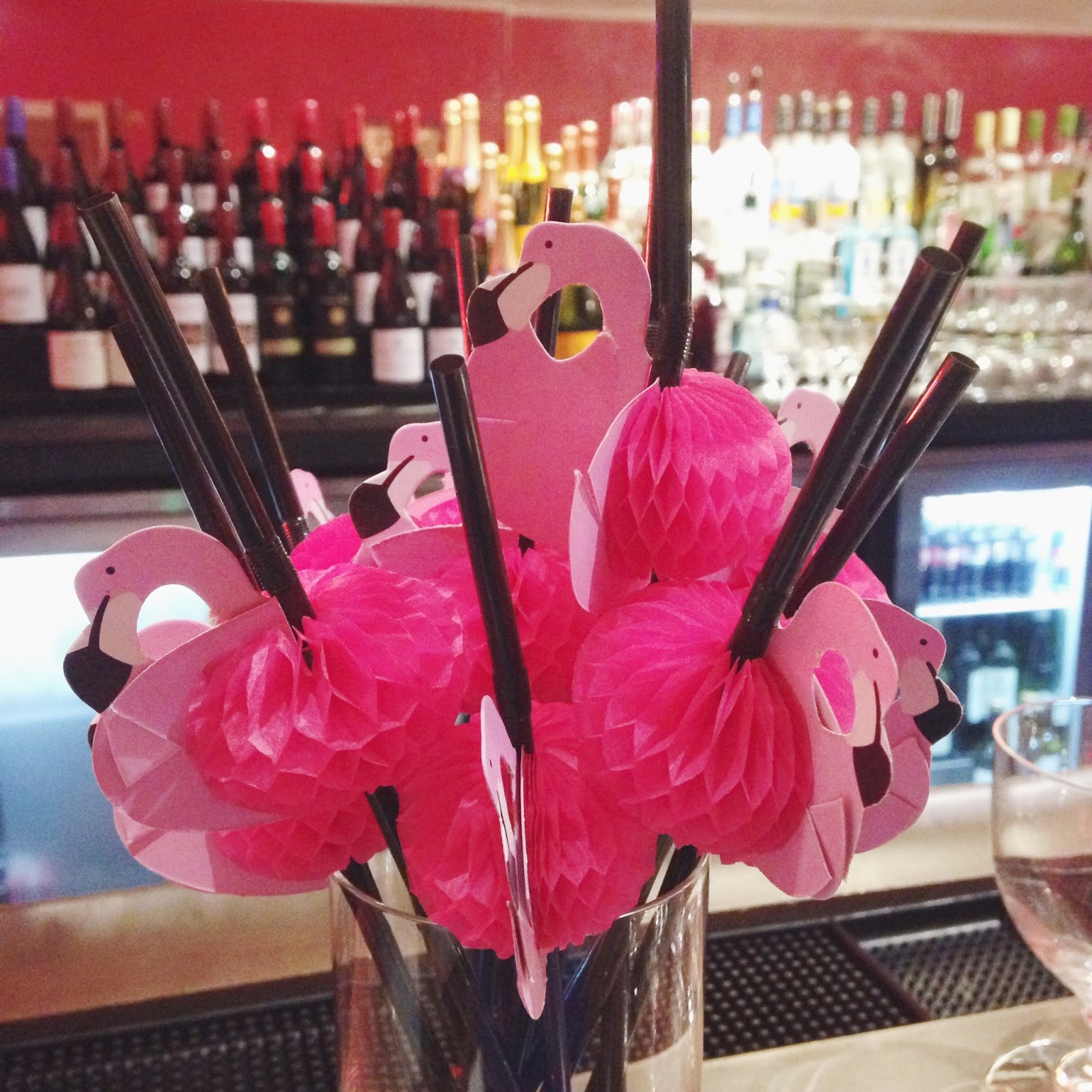 novelty flamingo straws for party
