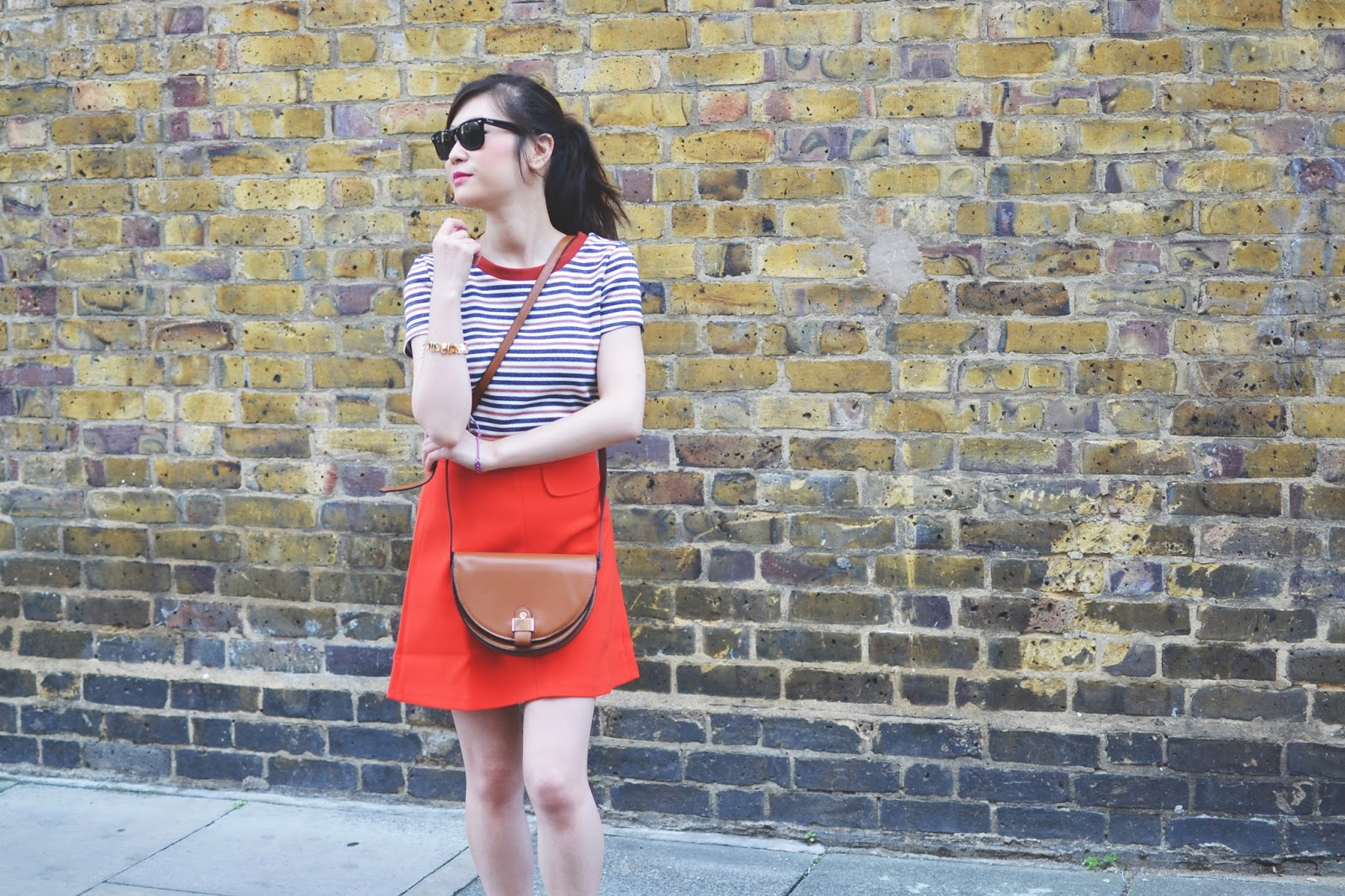 how to style orange skirt