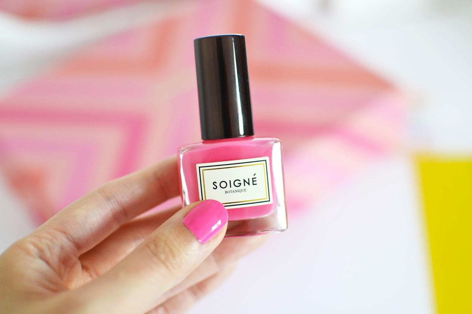 soigne pink nail polish