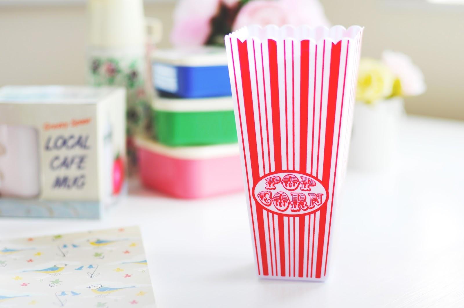 plastic popcorn holder