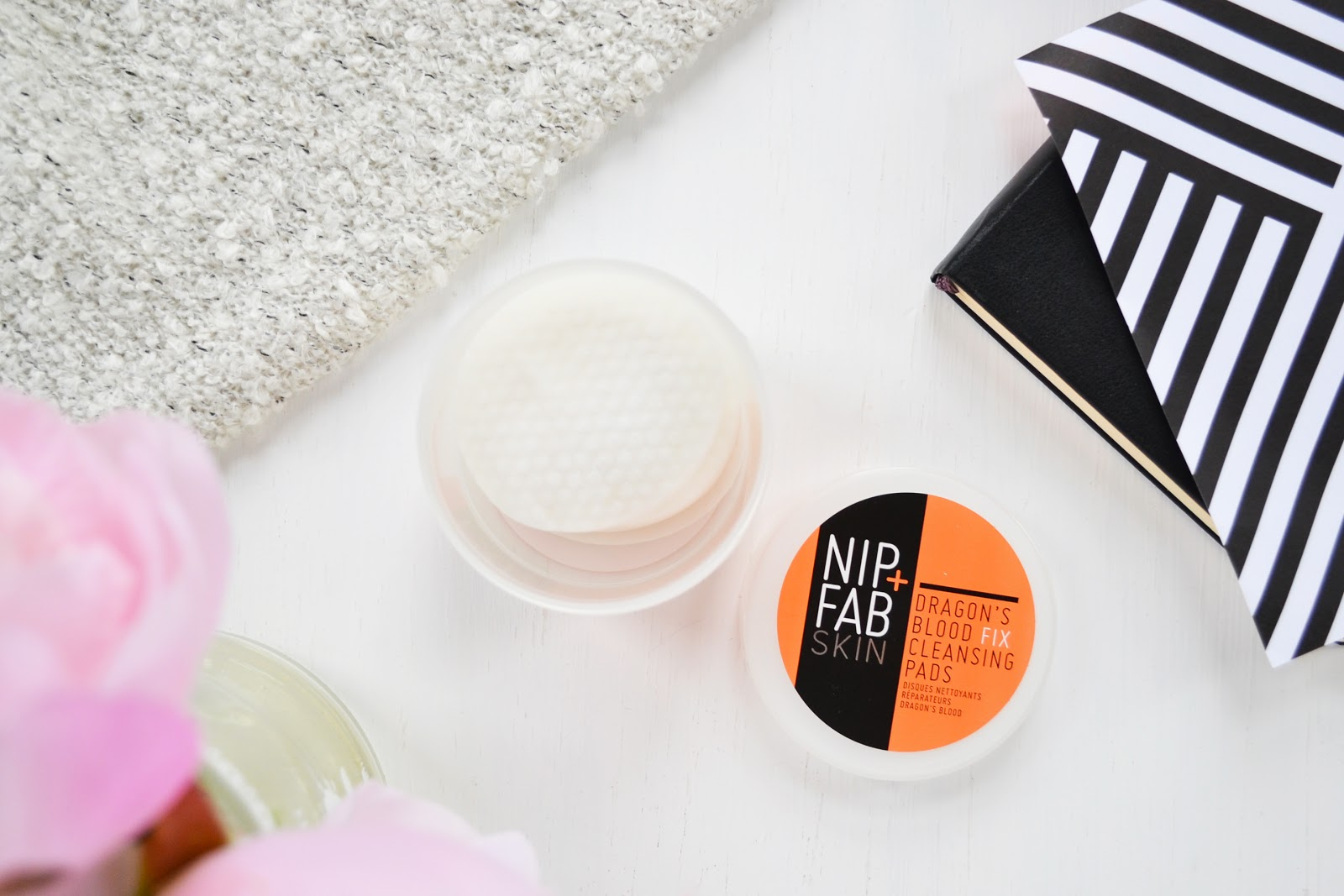 nip and fab dragon's blood cleansing pads
