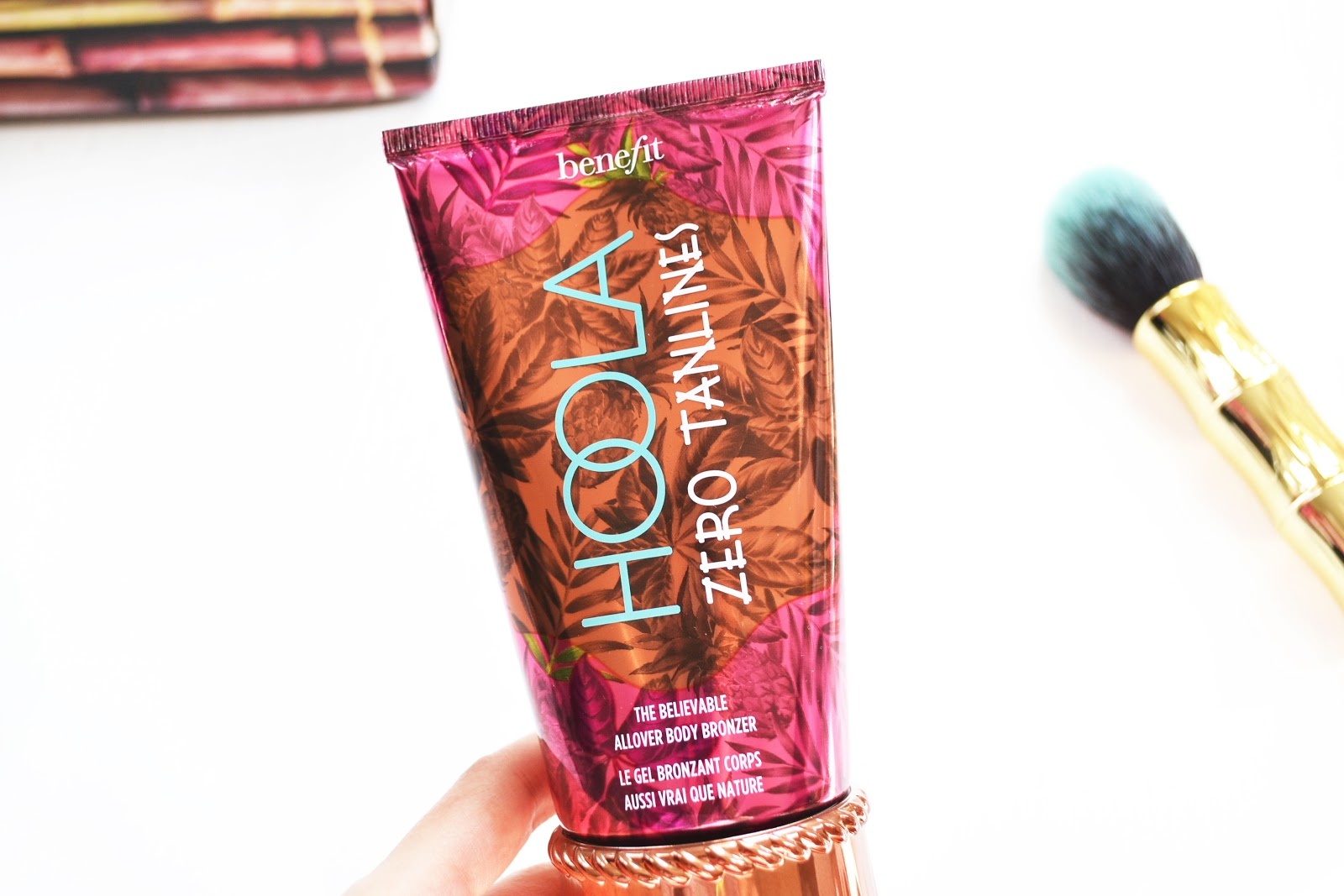 benefit's hoola zero tanlines false tan