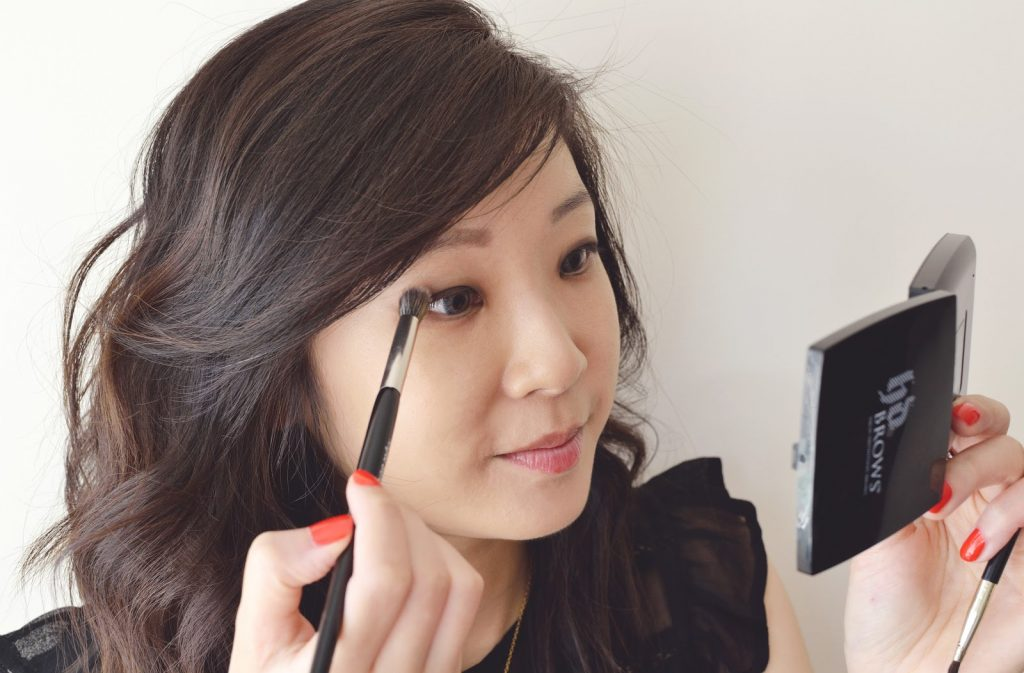 Make-Up Tips For Glasses Wearers