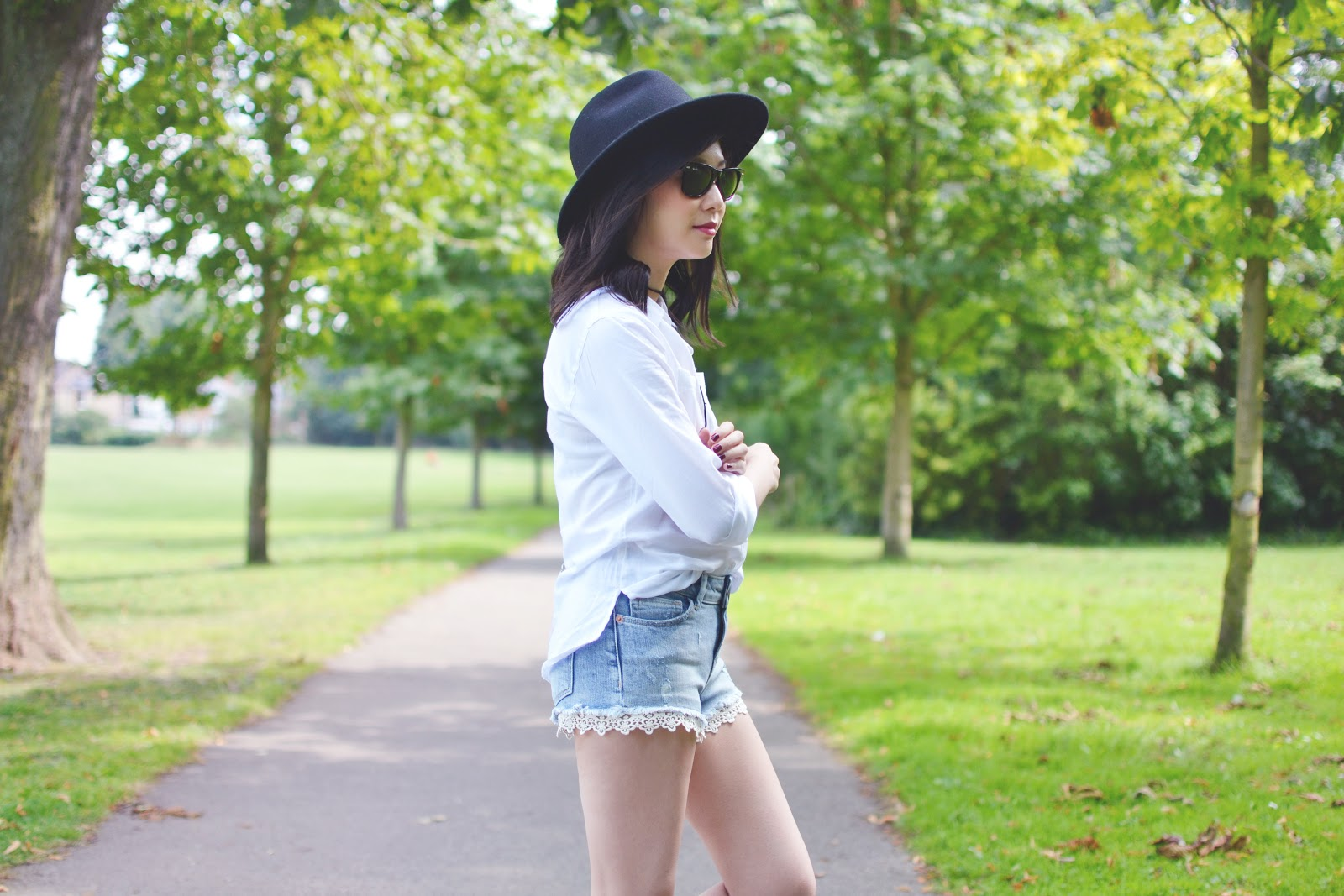 Fashion In Your 30's: How To Style Denim Shorts