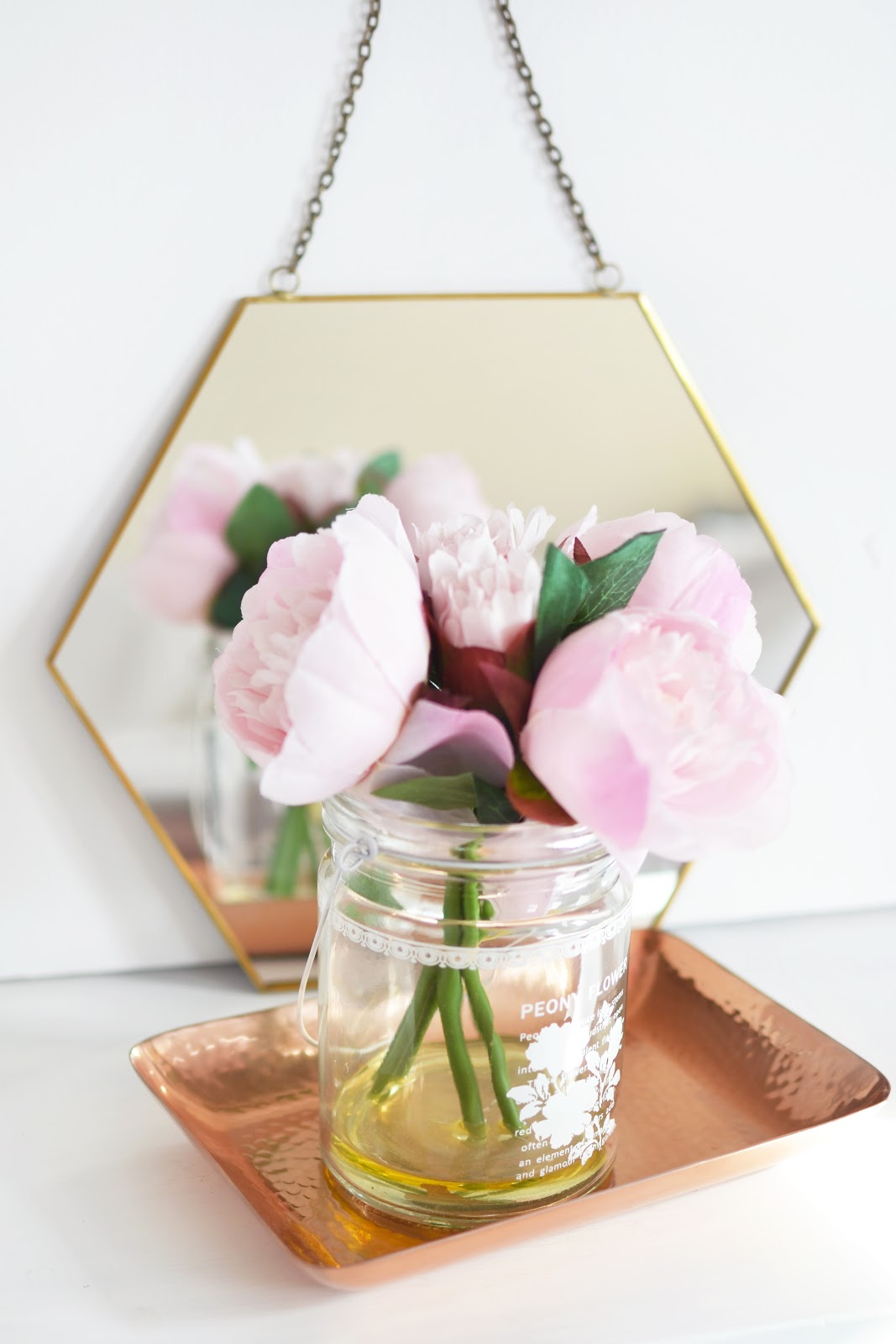 oliver bonas homeware haul, hexagon mirror, copper tray