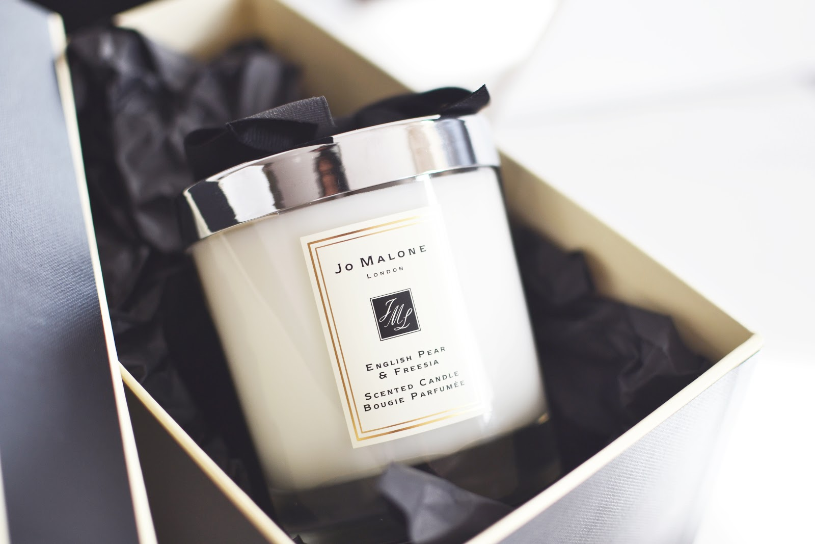 jo malone english pear and freesia candle
