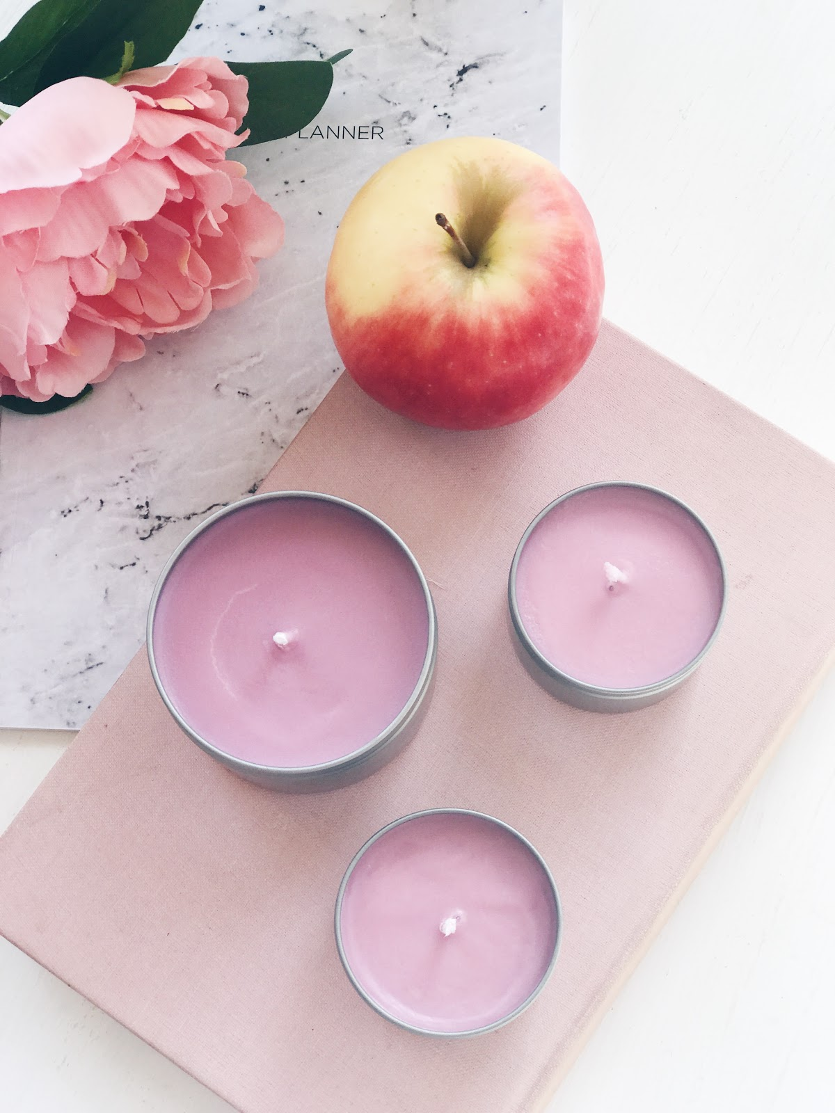 making my own candles, apple scented soy wax candles