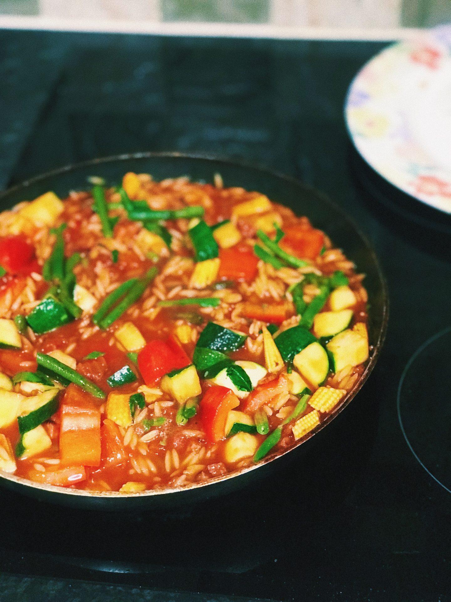 Easy Recipe For A Healthy Dinner | Prawn & Chorizo Orzo